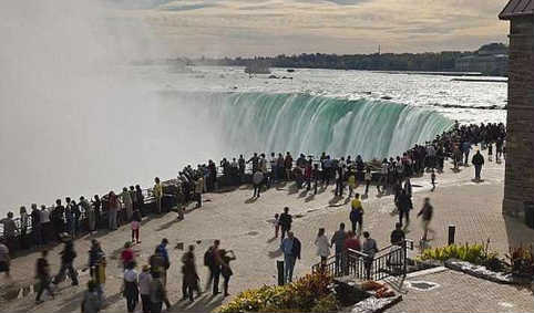 زیپ لاین آبشار نیاگارا ۹۱