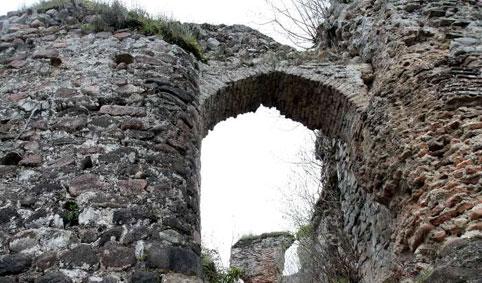 قلعه لیسار 011