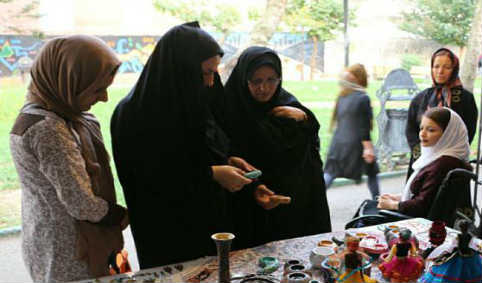 نمایشگاه فعالیتهای بهزیستی در پارک توحید رشت ۹۱